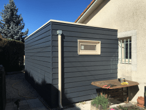 construction-garage-ossature-bois-toiture-plate-bardage-fibro-ciment-soues-yoan-naturel-65-4