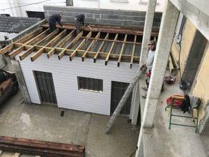 extension-construction-ossature-bois-toiture-plate-terrasse-bois-charpente-couverture-tarbes-yoan-naturel-7