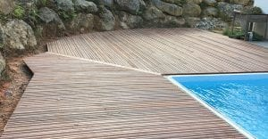 Montgaillard terrasse piscine en bois exotique