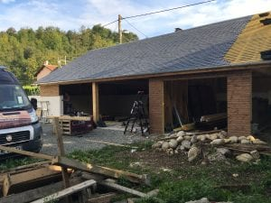 garage-construction-ossature-bois-bardage-bois-charpente-traditionnelle-couverture-ardoise-vielle-adour-yoan-naturel-65-8