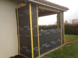 construction-extension-ossature-bois-bardage-bois-toit-tuiles-rouges-orleix-yoan-naturel.fr-65-5
