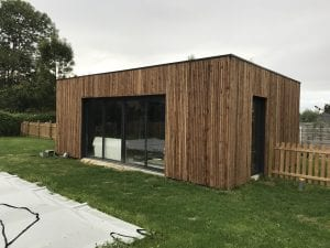 construction-pool-house-ossature-bois-bardage-bois-toit-terrasse-vielle-adour-yoan-naturel.fr-65-3