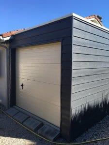 construction-garage-ossature-bois-toiture-plate-bardage-fibro-ciment-soues-yoan-naturel-65-6-768x1024